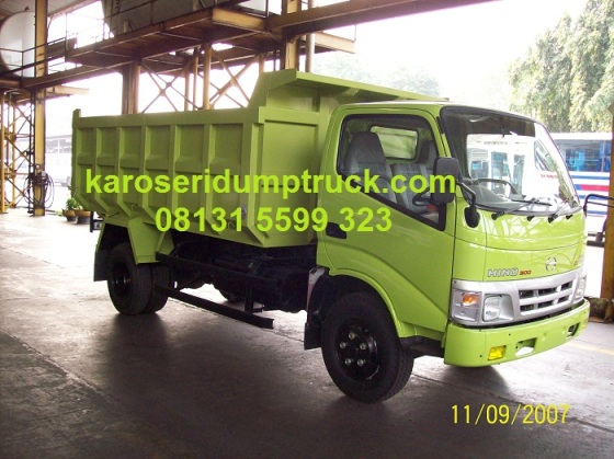 Karoseri dump truck Hino Dutro
